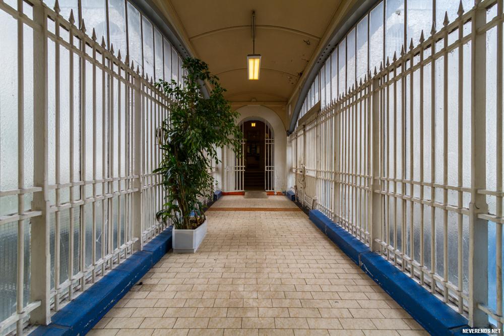 Prison de la Santé couloir