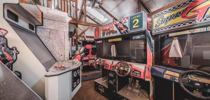 Le hangar des bornes d'arcade abandonnées